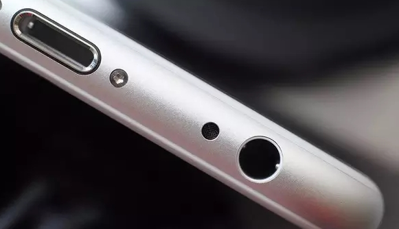 iPhone 7取消3.5mm耳机接口的原因在这里