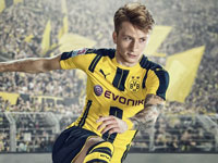 EA新作《FIFA 17》抢先版上架 与足球巨星驰骋绿茵球场