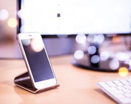 iPhone 无线充电器选购指南:如何才能买到合适的无线充电器?
