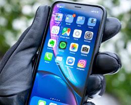 如何自定义 iPhone 小红点的颜色?怎么把通知角标修改为全透明?