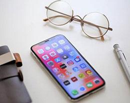 真全面屏 iPhone 要来?传屏幕供应商正在积极开发中
