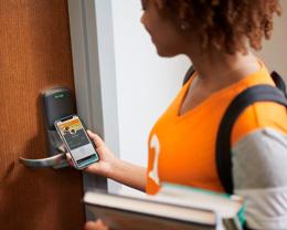 苹果将在新学年为更多美国大学生带来非接触式学生证