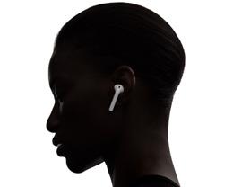 如何将 AirPods 的麦克风设置为「始终左耳」或「始终右耳」?
