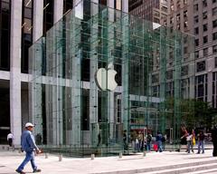 投行下调苹果股票评级:5G 研发尚无进展,面临基本面恶化