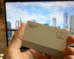 用户称 Apple Card 使用一个月后开始出现明显掉漆现象