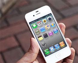 4 天卖 10 万部,苹果 iPhone 4 当年有多火?