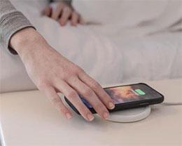 """iPhone 离""""一块玻璃""""这个最终梦想还有多远?"""