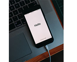 iPhone 电池最大容量掉的快?试试这样充电