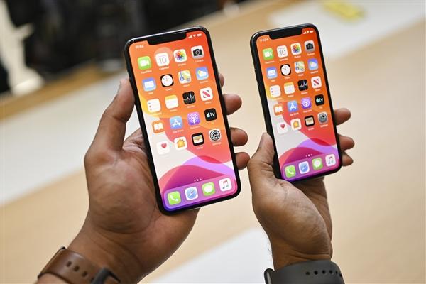 明年或由三星和 LG 为 iPhone 12 供应全新 OLED 屏幕