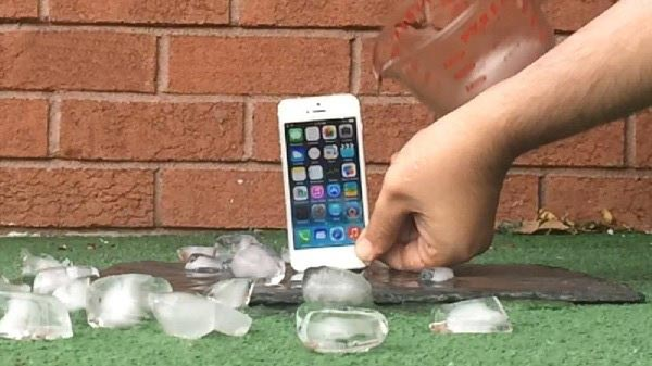 iPhone5s也顺利通过冰桶挑战,三星被鄙视死