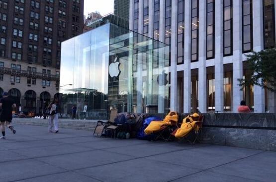 真捉急:果粉已开始排队等候iPhone6
