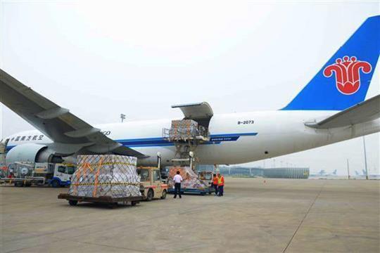 93吨iPhone 6从河南飞往美国