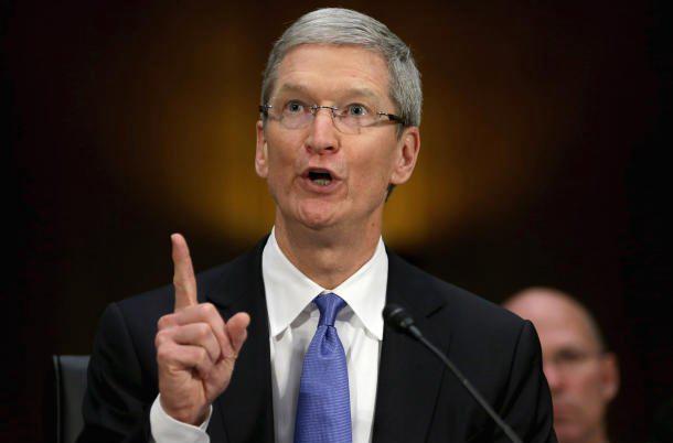 苹果CEO批美国政府:仍在搜集海量个人信息