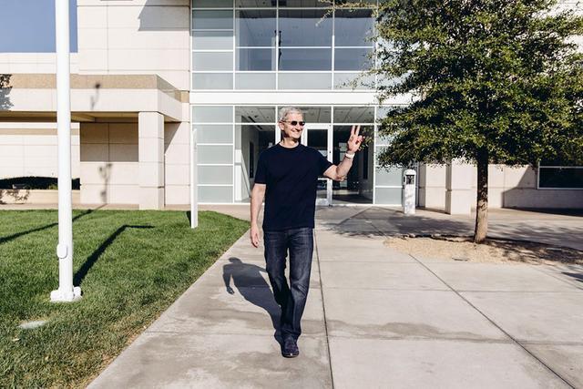 iPhone 6背后:库克接过乔布斯的权杖