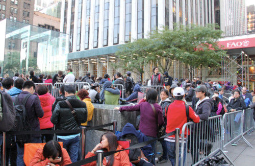 iPhone6热潮:不体面的中国抢购者