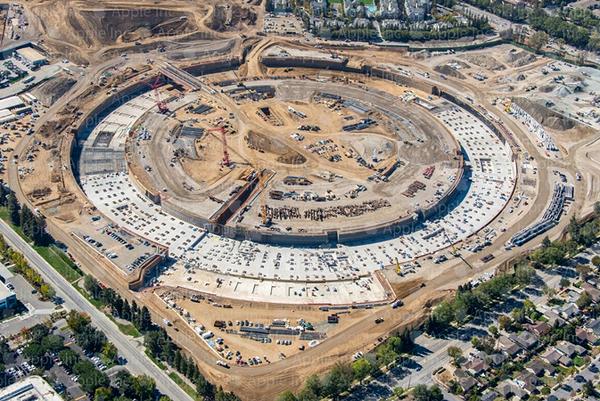 苹果飞船总部航拍更新:实体大楼初见雏形