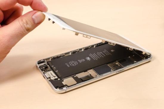 iPhone 6/6 Plus拆解对比:内部构造不同