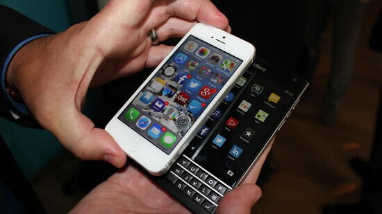 拿iPhone换黑莓最高补贴550美元