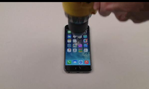 太任性:用电钻把iPhone 6钻个洞