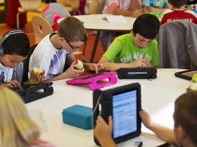 苹果13亿美元iPad大单流产