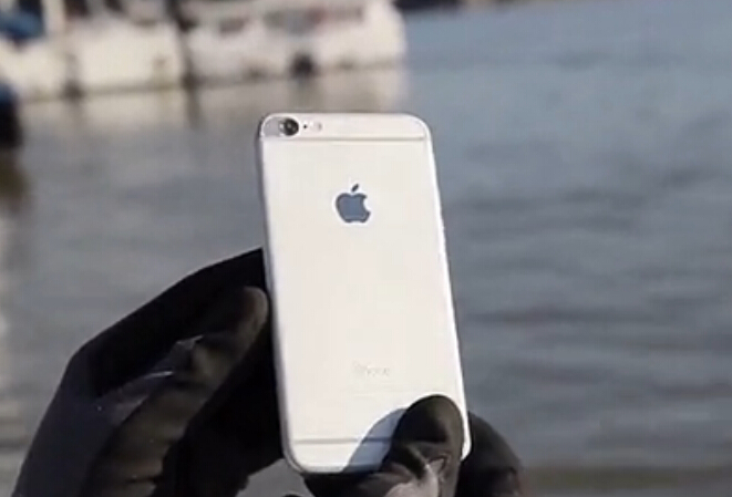 磨平iPhone6突出摄像头的正确姿势