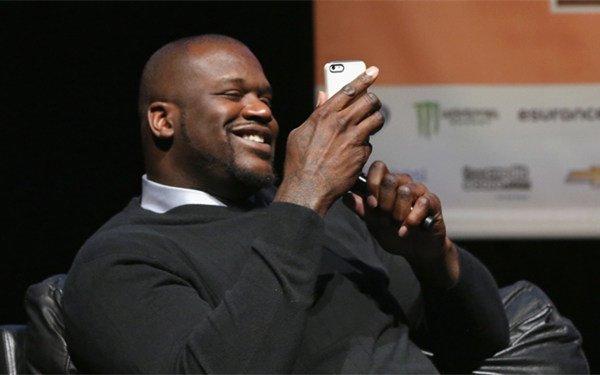 奥尼尔买苹果iPhone6也要排队