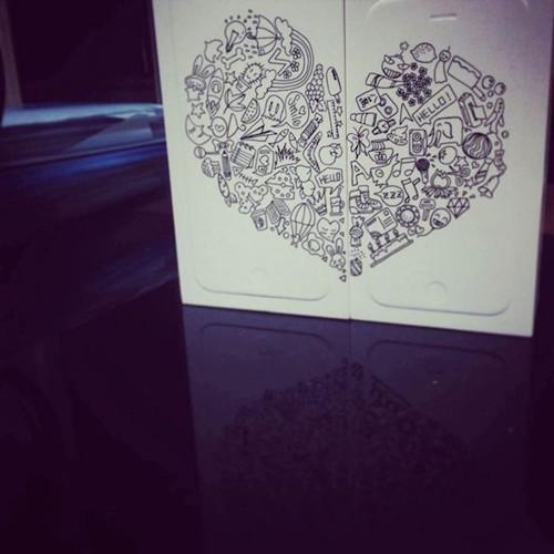无限创意 在iPhone6包装盒上作画