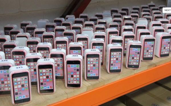 英经销商破产,iPhone5等众多设备低价拍卖