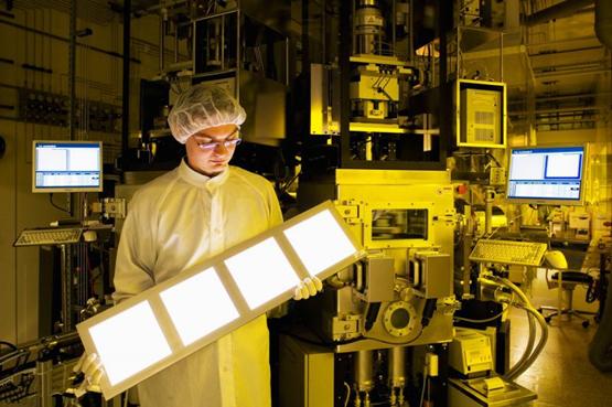 苹果将使用OLED屏幕? 富士康生产计划曝光
