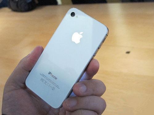 """4S加300块换个""""苹果6""""你换不换"""
