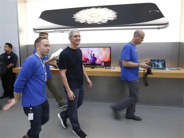 苹果将拿出2000亿美元回馈股东