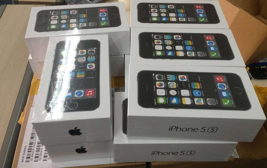 监守自盗:苹果店长偷卖22部iPhone5s
