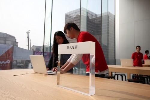 杭州首家苹果零售店今日开业:依旧玻璃外墙