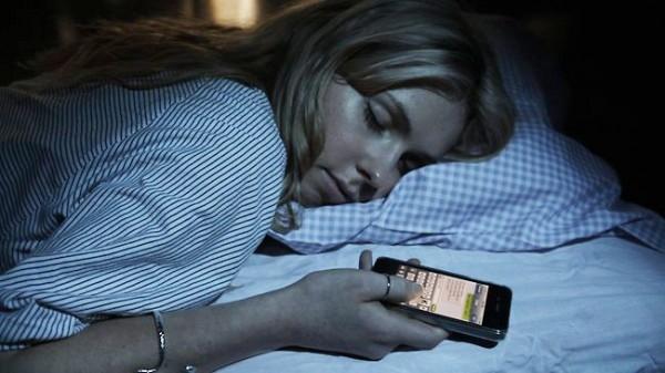 手机对身体健康的五大影响