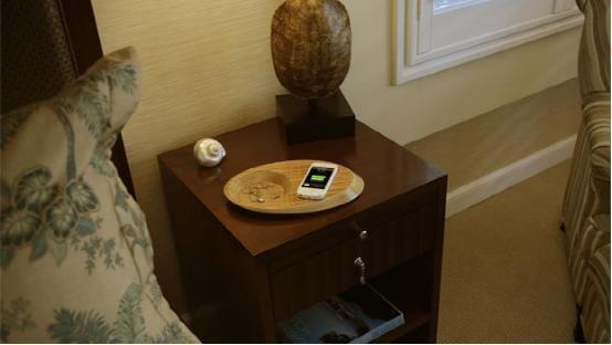 纯木质文艺范儿:iPhone无线充电底座