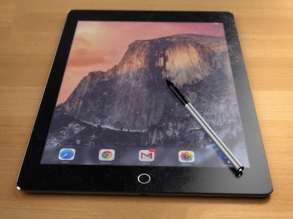 苹果iPad Pro高清渲染图:带手写笔