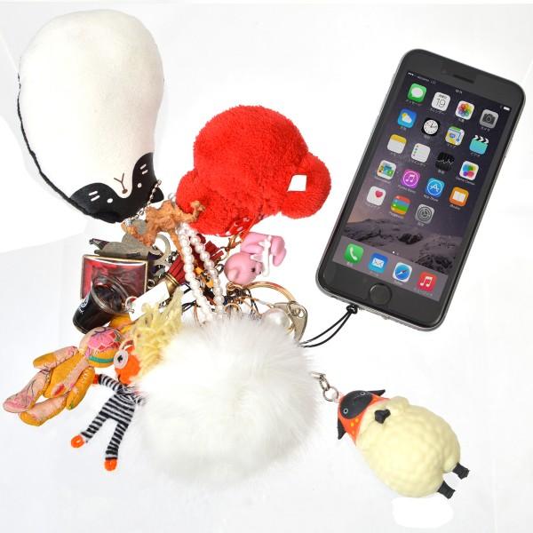 iPhone不能挂吊饰怎么办?加个小勾搞定