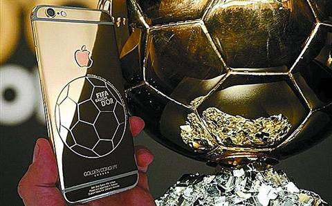 C罗:球是金的 iPhone 6也得是金的!