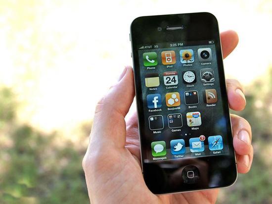 缅怀乔布斯 他所热爱的iPhone故事