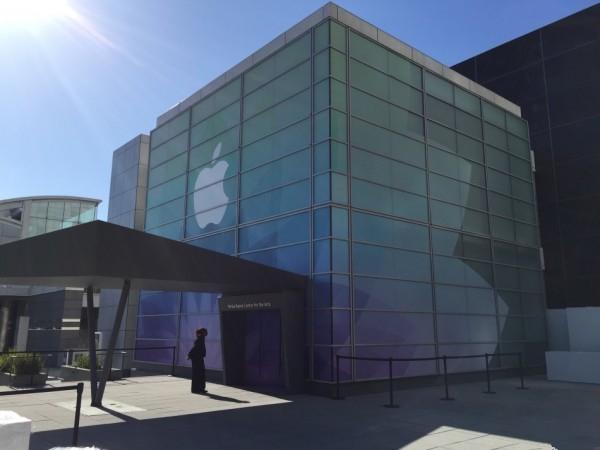 整装待发 苹果3月9号发布会会场探营