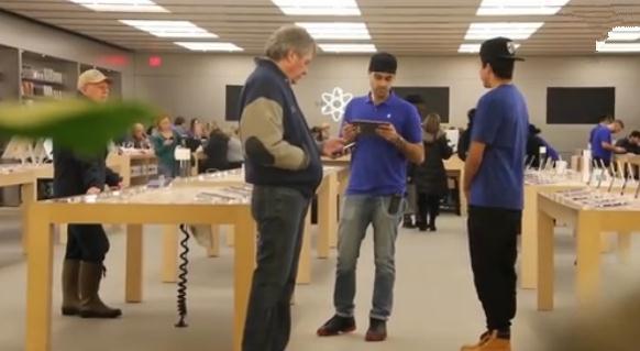 苹果店内推销三星和微软会怎么样