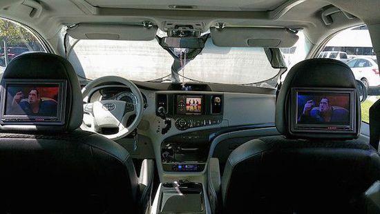 苹果设备打造个性的车载娱乐系统