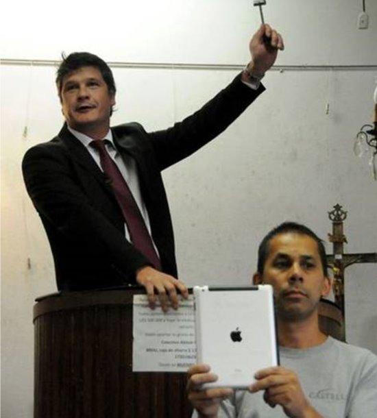 一台苹果iPad拍出了18万元