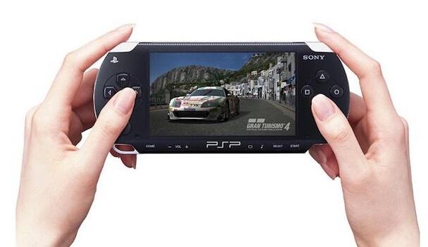 如何在iPhone上运行PSP游戏?