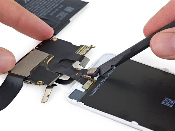iPod touch 6确认使用1G内存
