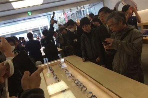 Apple Watch国内遇冷 卖不动 体验差
