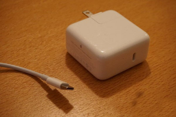 "USB-C接口被广泛采用 苹果再次""改变世界"""