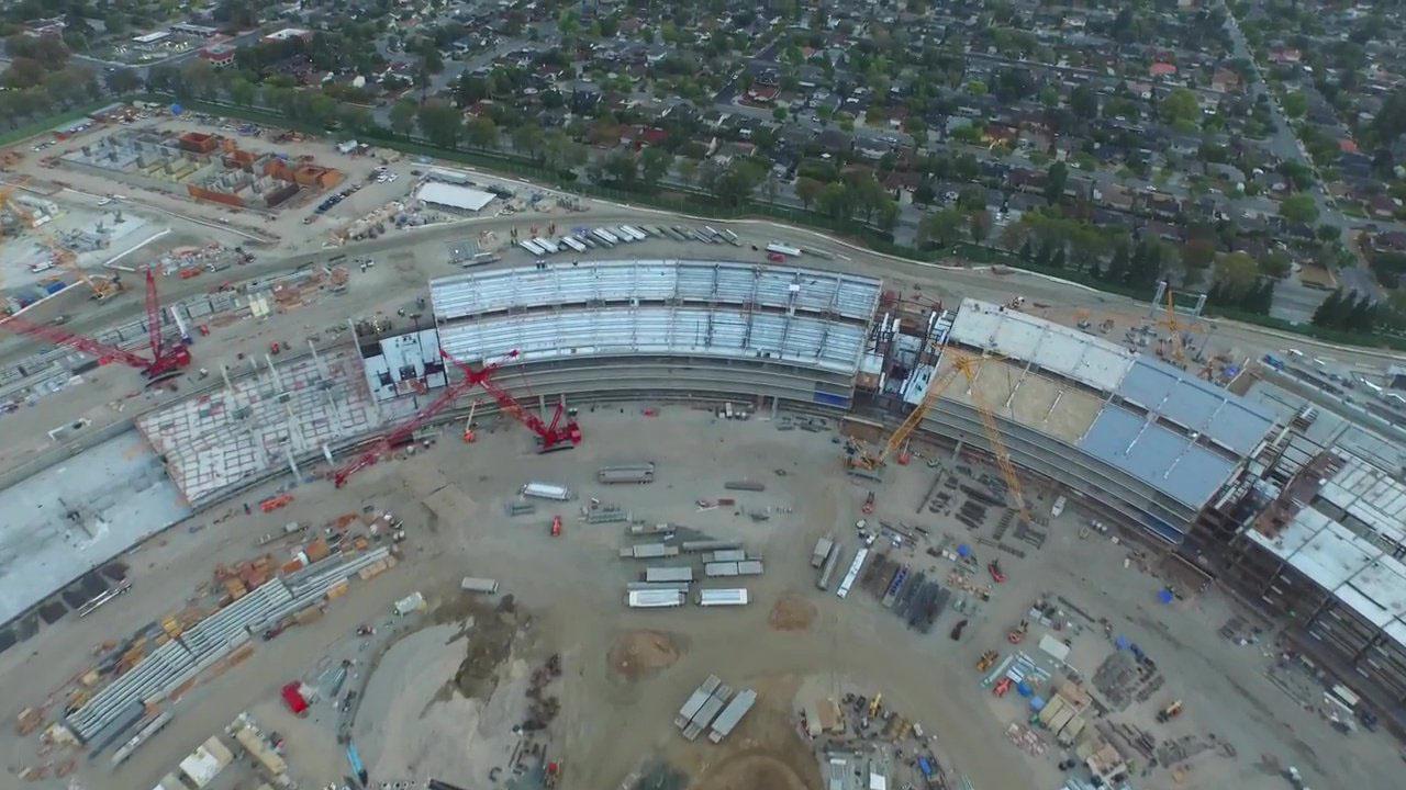 苹果飞船总部 Campus 2 最新航拍,主结构地基完工