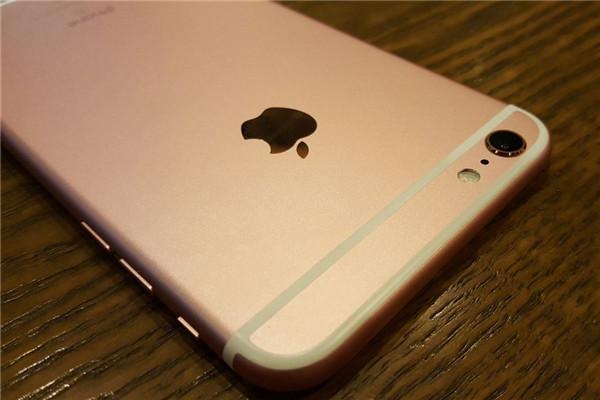 全民围观:网友开箱晒iPhone 6s/plus了