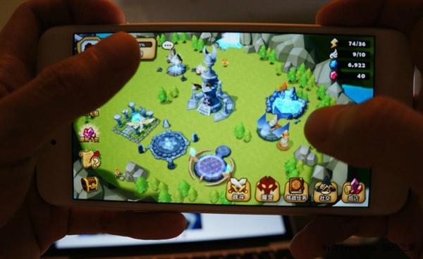 iPhone 6s 曝缺陷:打游戏闪屏、机身过热罢工
